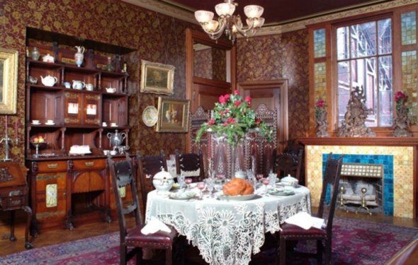 Victorian Homes Photos