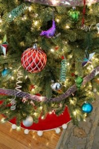 Christmas Tree Decorating a few ideas: Whimsical Shapes and Textures